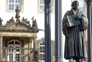 Statue of Dr Martin Luther