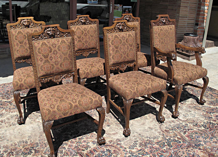RJ Horner Quartersawn Oak Lion Head Dining Chairs